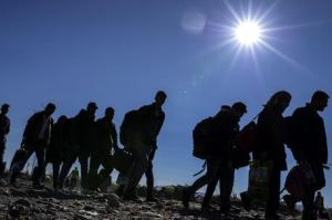 Migrants pass through Macedonia on their way to EU countries